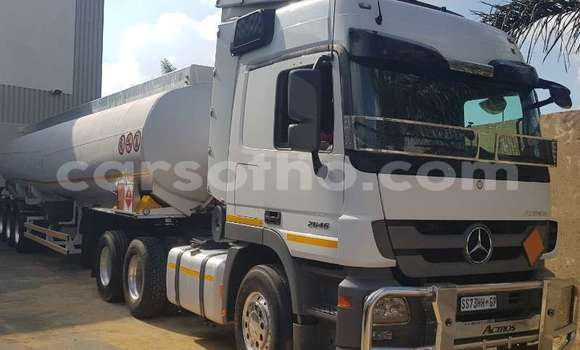 Medium with watermark other diesel tanker tank clinic 2014 id 62688282 type main copy