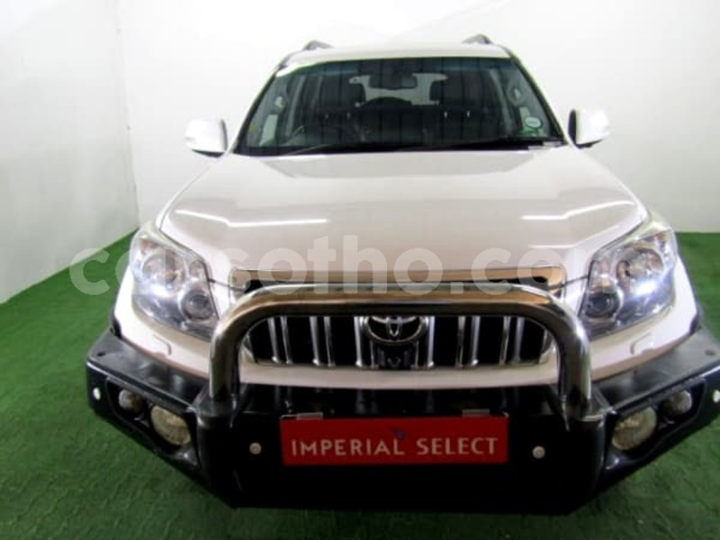 Big with watermark 2011 toyota prado 6