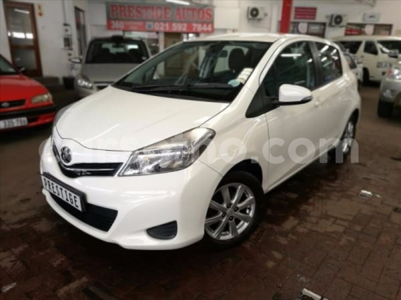 Big with watermark 2012 toyota yaris a