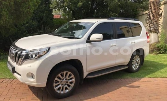 Buy Used Toyota Prado White Car in Maseru in Maseru