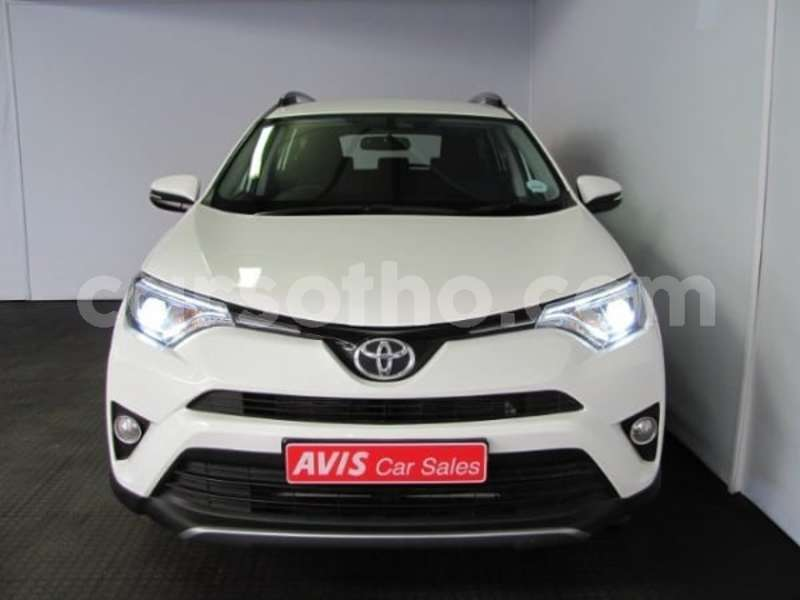 Big with watermark 2017 toyota rav 4 2