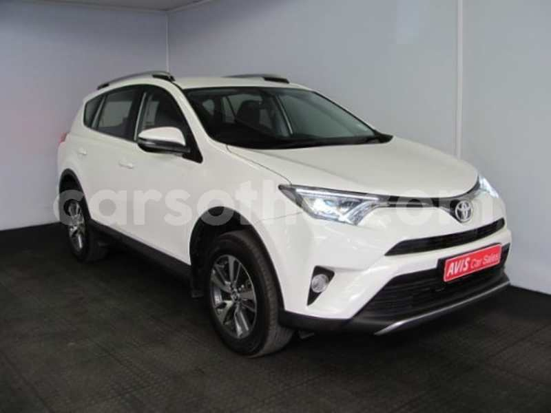 Big with watermark 2017 toyota rav 4 7