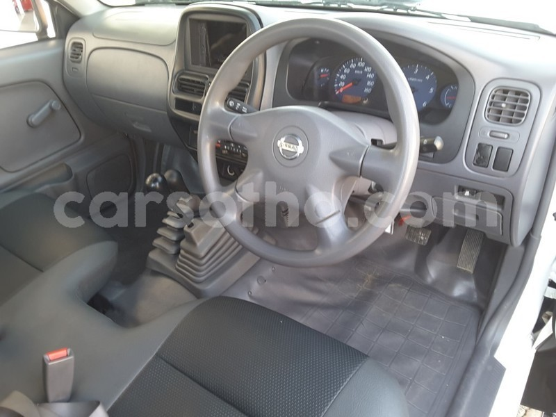 Buy Used Nissan Hardbody White Car in Butha Buthe in Butha-Buthe