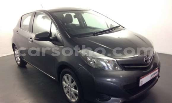 Buy Used Toyota Yaris Beige Car in Maputsoe in Leribe