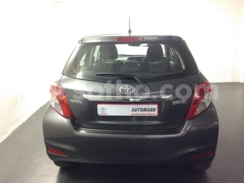 Big with watermark 2013 toyota yaris c3