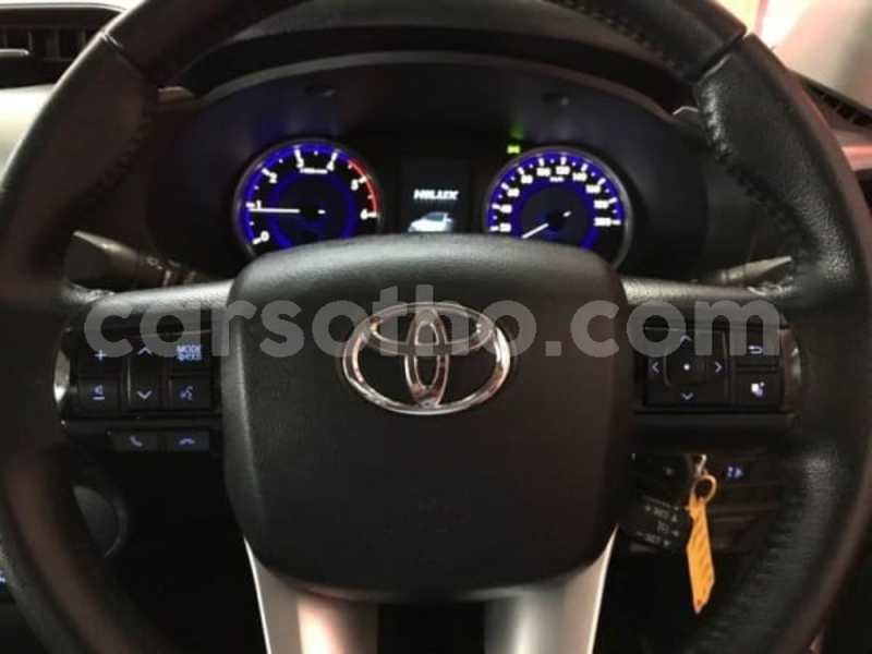 Big with watermark 2016 toyota hilux 2.8 i