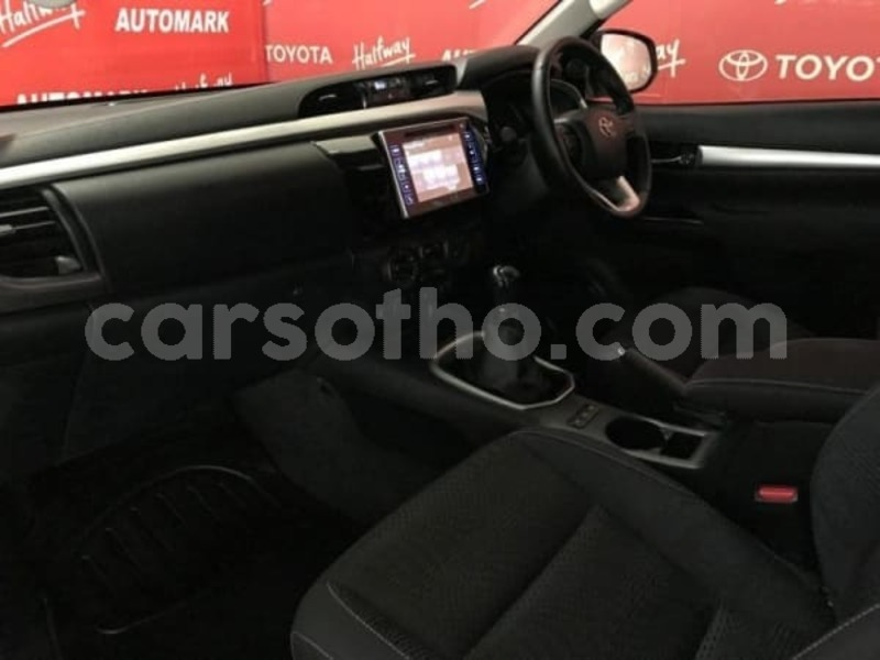 Big with watermark 2016 toyota hilux 2.8 f