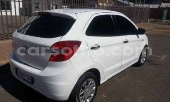 Medium with watermark 2018 ford figo 2