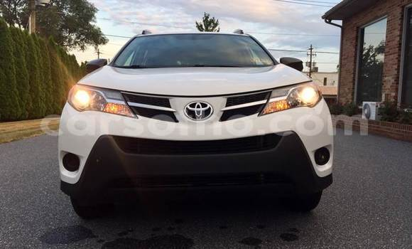 Buy Used Toyota RAV4 White Car in Maseru in Maseru