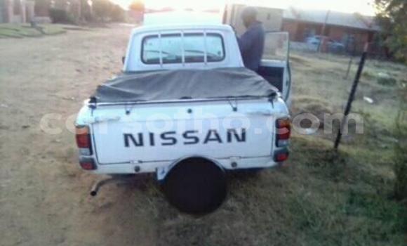 Buy Used Nissan Pickup White Car in Maseru in Maseru