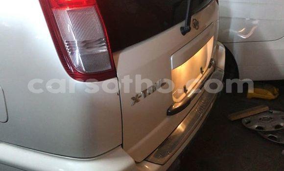 Buy Used Nissan X–Trail White Car in Maseru in Maseru