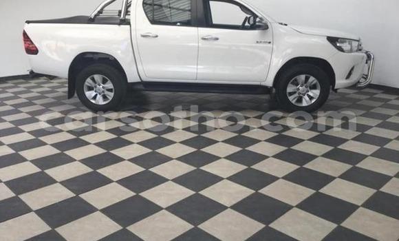 Buy Used Toyota Hilux White Car in Peka in Leribe