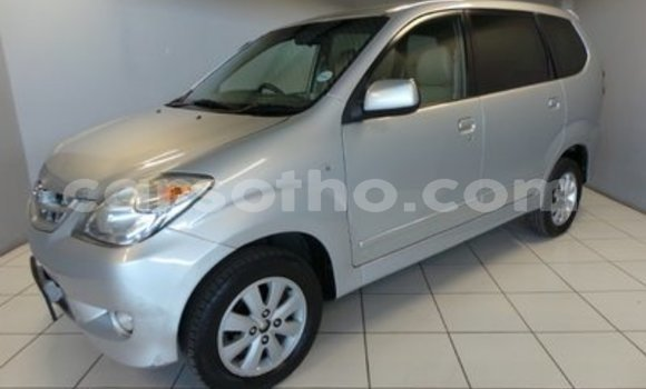 Buy Used Toyota Avanza Silver Car in Roma in Maseru