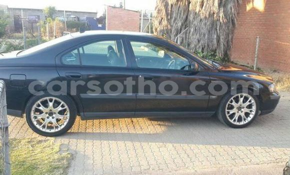 Buy Used Volvo S40 Black Car in Maseru in Maseru