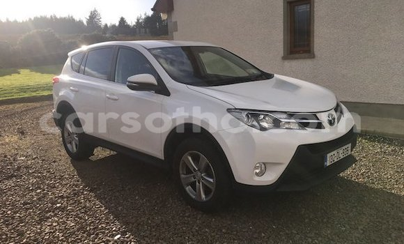 Medium with watermark rav4 2013 1