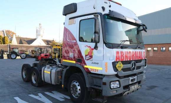Medium with watermark mercedes benz truck actros 3350s 33 horse 2013 id 64657730 type main 1