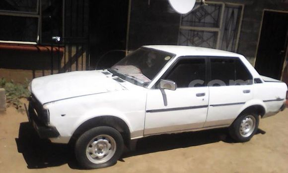 Buy Imported Toyota Corolla White Car in Maseru in Maseru