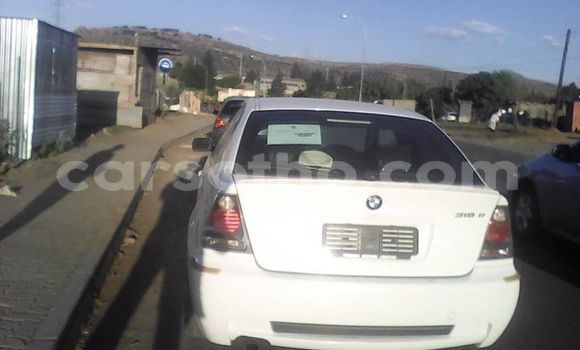 Buy Import BMW 3–Series White Car in Maseru in Maseru