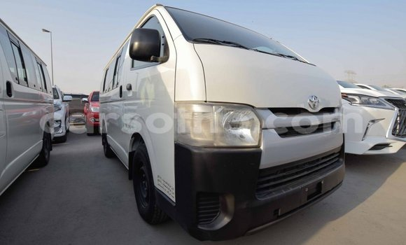 Medium with watermark toyota hiace maseru import dubai 12347