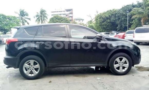 Medium with watermark 2015 toyota rav4 4x2 ....