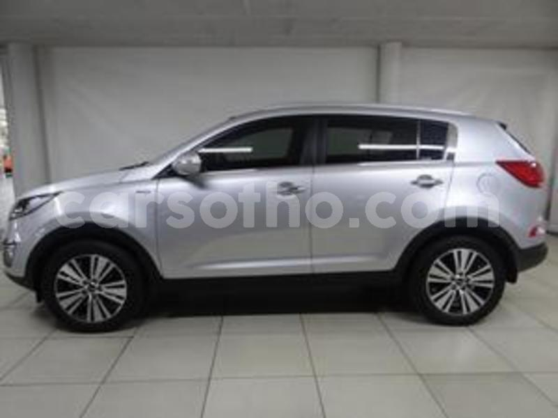 Big with watermark kia sportage 2016 1