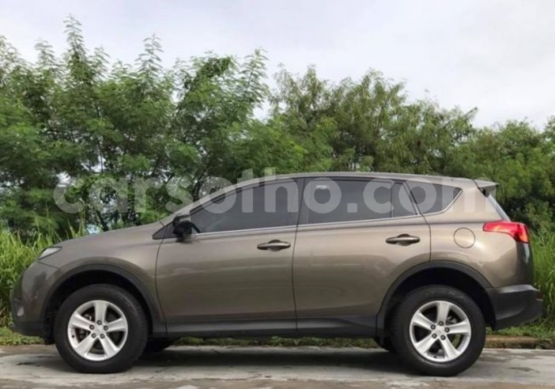 Big with watermark 2013 toyota rav 4 for sale.