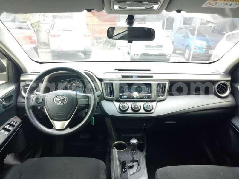 Big with watermark 2015 toyota rav4 4x2 ..