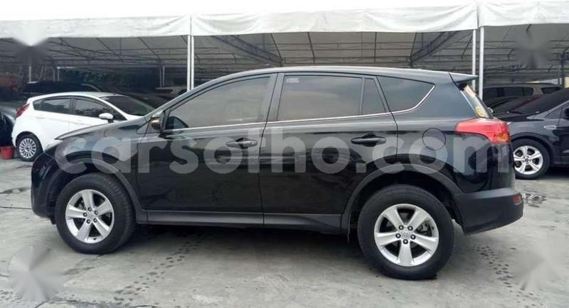 Big with watermark 2015 toyota rav4 4x2 ...........