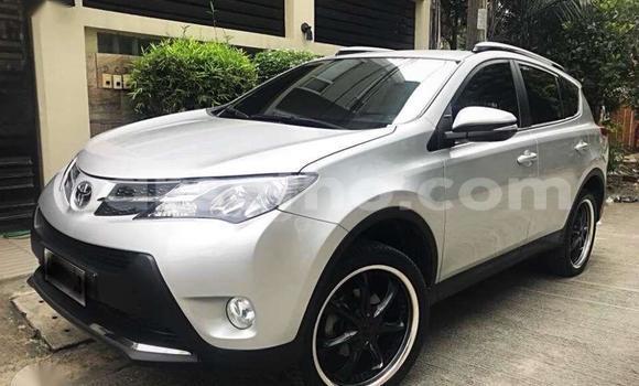 Buy Used Toyota RAV4 Silver Car in Mohale's Hoek in Mohale's Hoek