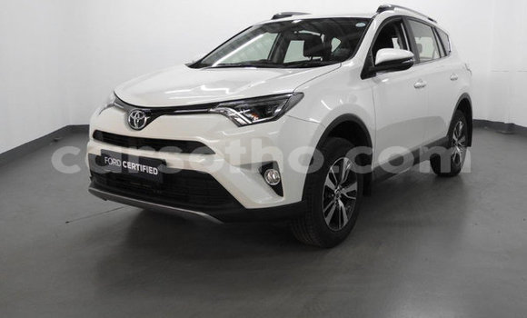 Buy Used Toyota RAV4 White Car in Maputsoa in Leribe